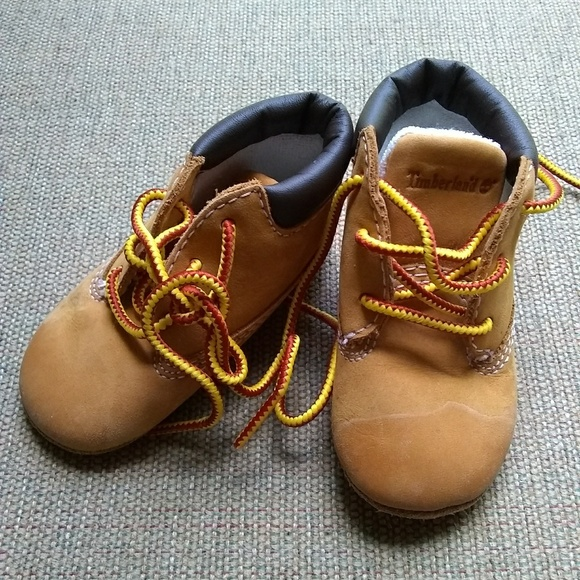 Timberland Infant Crib Booties size 2
